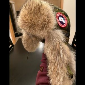CANADA GOOSE CAMO AVIATOR FUR CAP HAT SM 2-WAY